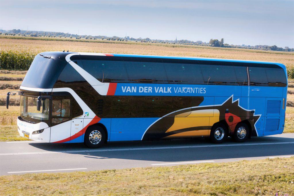 Dubbeldekker bus touringcar Valk Tours