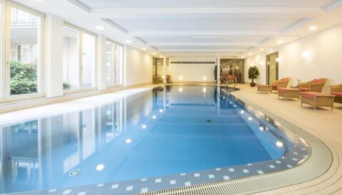 Hotel Collegium Leoninum zwembad Bonn
